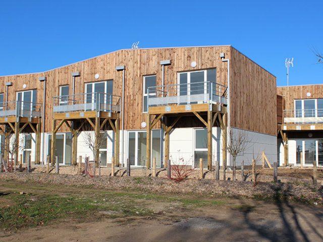 Maison en bois maison modulaire en bois citeden - Constructeur maison modulaire ...
